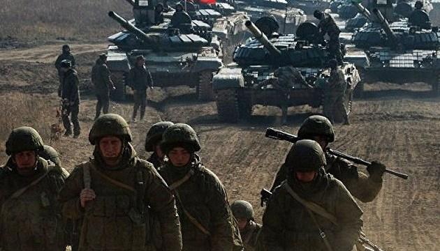 1100 російських танків і 330 бойових літаків уздовж кордону з Україною 1100 російських танків і 330 бойових літаків уздовж кордону з Україною