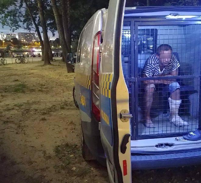 У Варшаві затримали нетверезого українця в закривавленому одязі, який погрожував людям ножем (фото)