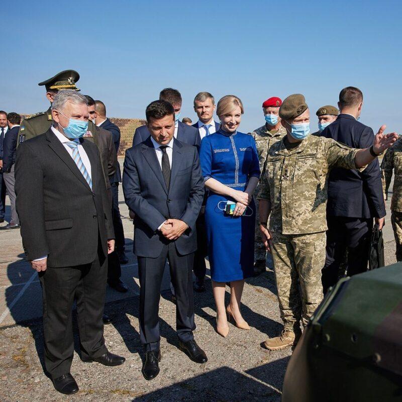 Сьогодні мала честь взяти участь в офіційній церемонії підняття Державного прапора України на військовому летовищі у Василькові