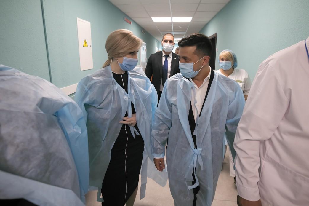 Сьогодні разом із Президентом Володимиром Зеленським відвідала Бориспільську багатопрофільну лікарню інтенсивного лікування в Київській області