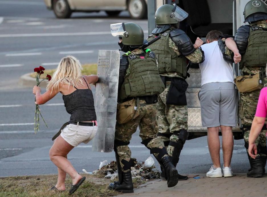 Консульський відділ Посольства Польщі в Білорусі підтверджує затримання польських громадян у Мінську