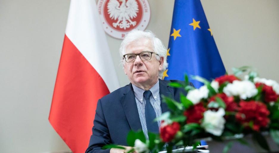 Прем'єр-міністр прийняв відставку глави МЗС Яцека Чапутовича
