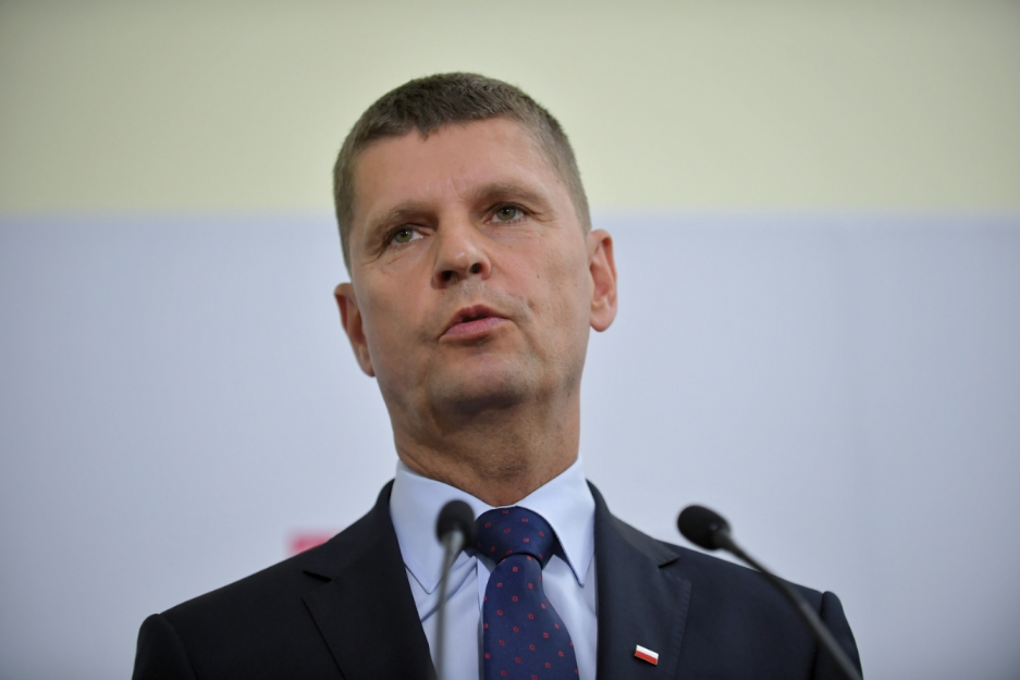 Маски у польських школах можуть стати обов'язковими