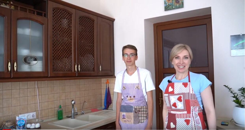 Готуємо разом: смачні млинці від Ірини Верещук