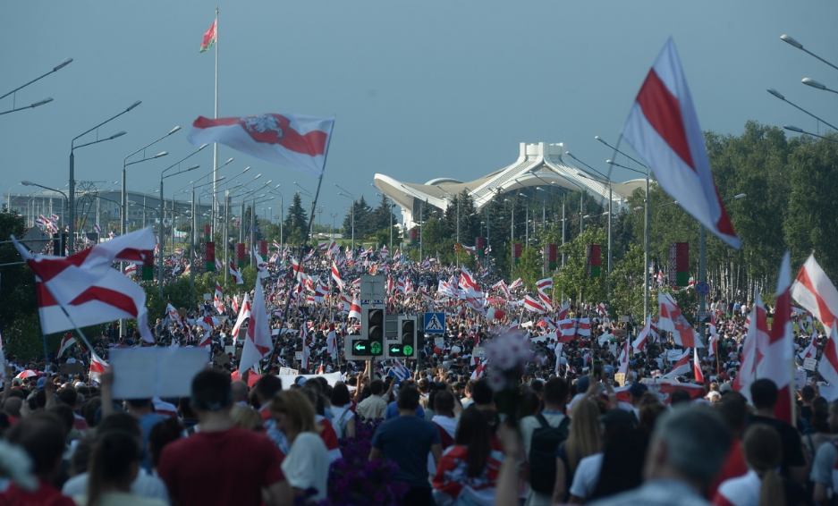 У Мінську відбулася понад 200-тисячна демонстранція