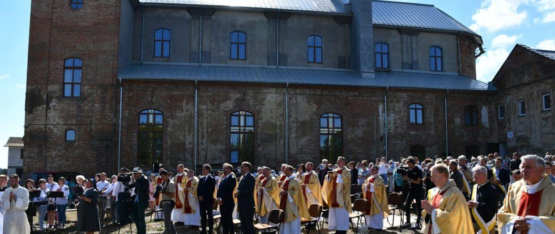 Встановлення Санктуарію в Тиврові на Вінниччині