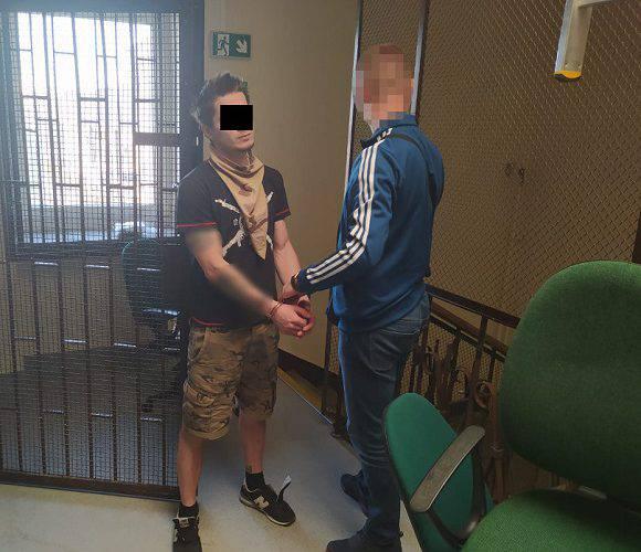 У Варшаві затримали українця та білоруса, які виманювали в людей гроші через інтернет (фото)