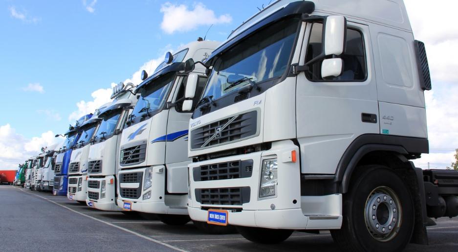 На східному кордоні Польщі створилися довгі черги вантажівок
