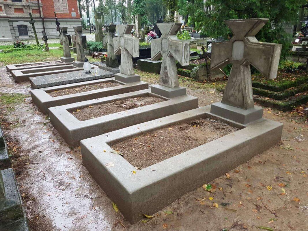 Підтримаймо відновлення могил воїнів Армії УНР в Любліні
