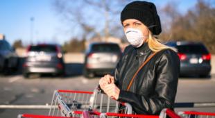 В епоху пандемії не слід забувати про… правила доброго тону