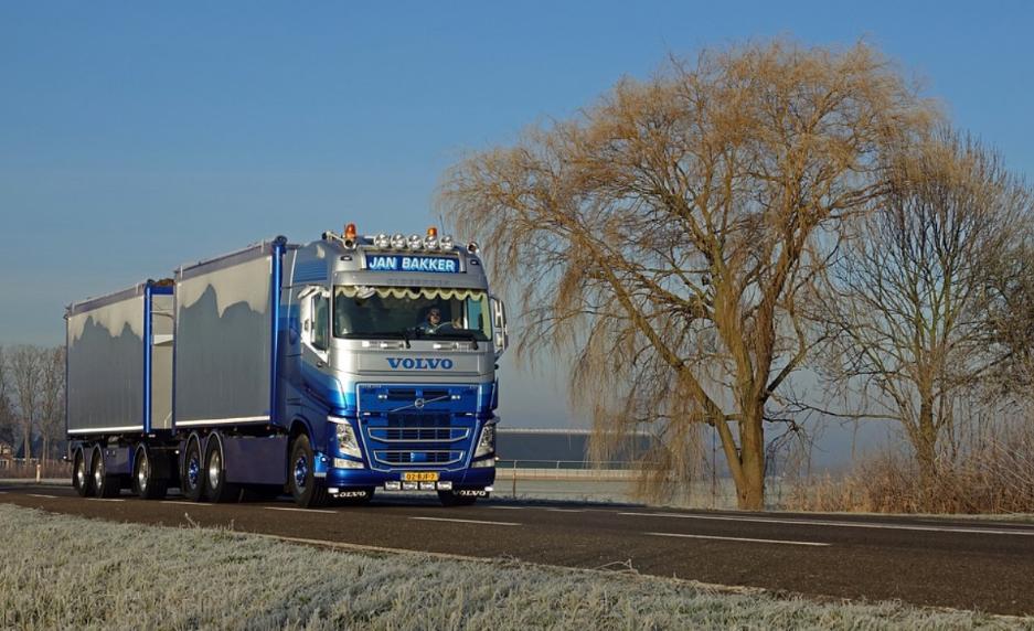 Дев'ять країн ЄС, зокрема Польща, проти дорожнього пакету