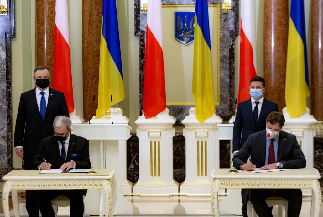 Несподівана відставка в Польщі