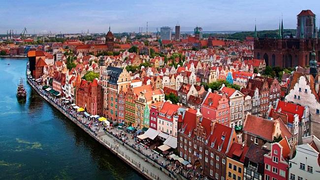Дві українки претендують на престижну відзнаку міста Гданськ: почалося голосування