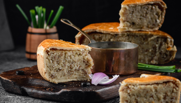Культурна спадщина: експерт каже, що яворівський пиріг є національним надбанням двох країн
