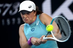 Tennis: Poland's Świątek moves into Australian Open 4th round