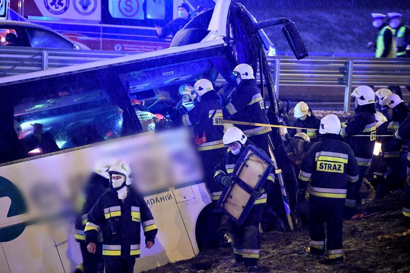 Підкарпатська воєвода висловила співчуття родині загиблої у ДТП українського автобуса особи