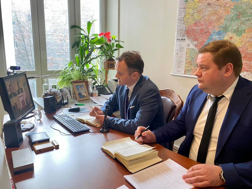 Взаємовигідне поєднання можливостей ГТС України з потужностями польського LNG-терміналу у м. Свіноуйсьце