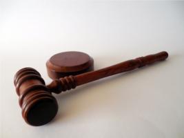 Тверський суд не представив обґрунтування свого рішення стосовно відмови розслідування справи демонтажу пам'ятних таблиць