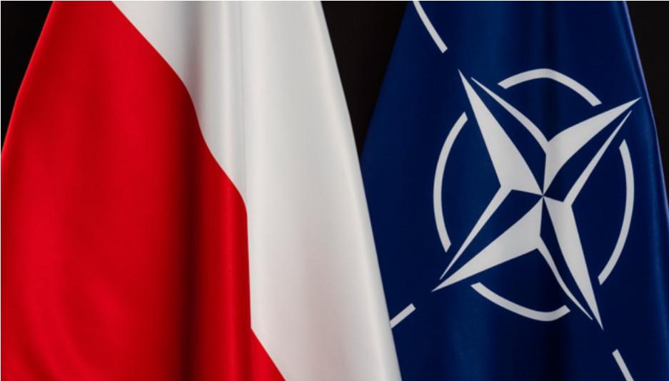Варшава в НАТО поширює зону безпеки й очікує України