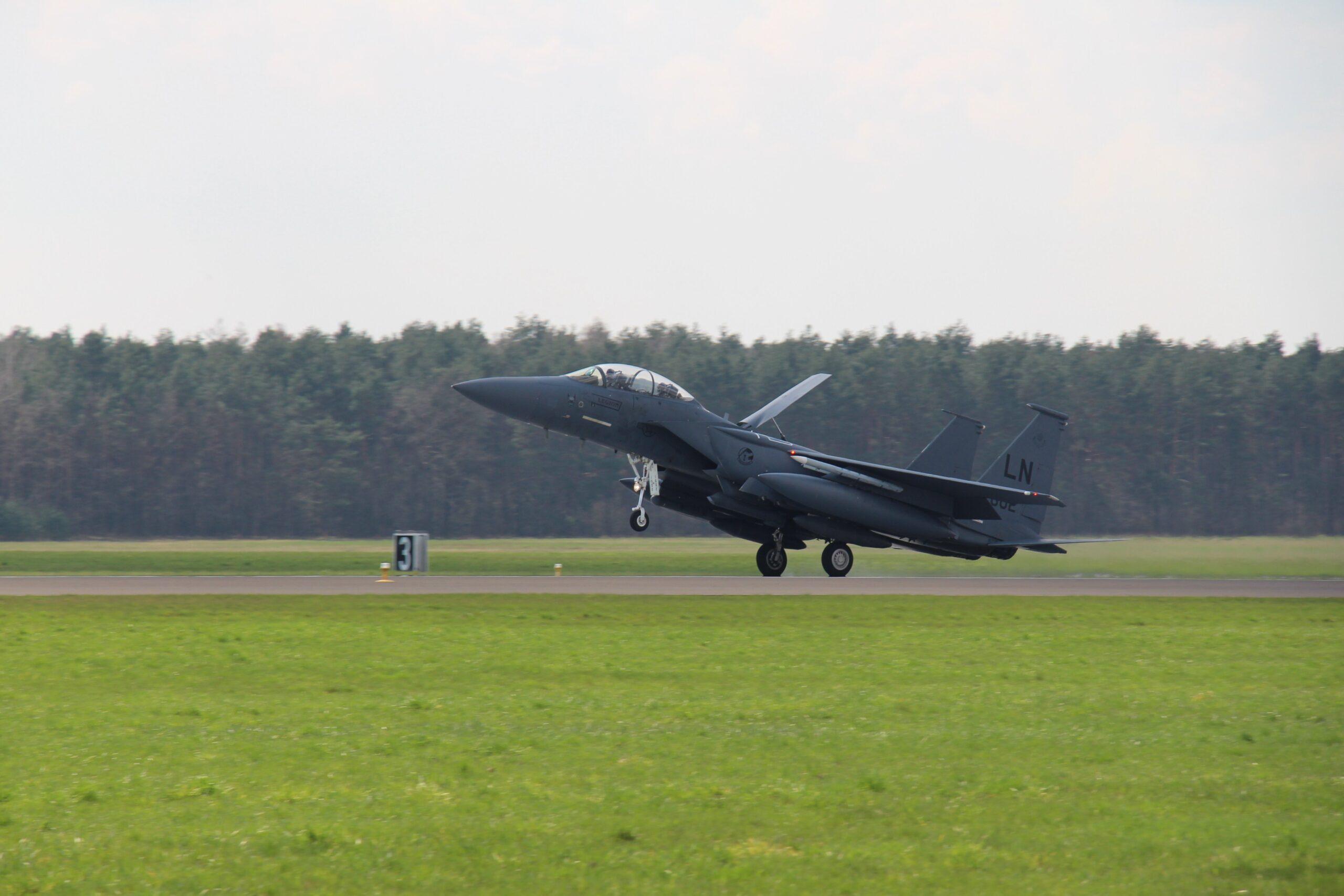 Польські винищувачі допомогли зупинити над Балтикою провокацію літаків РФ