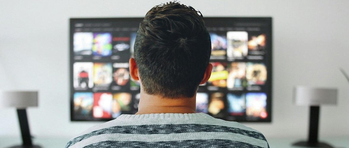 За поширення фільмів в інтернеті чоловіка в Польщі оштрафували на 47 млн злотих