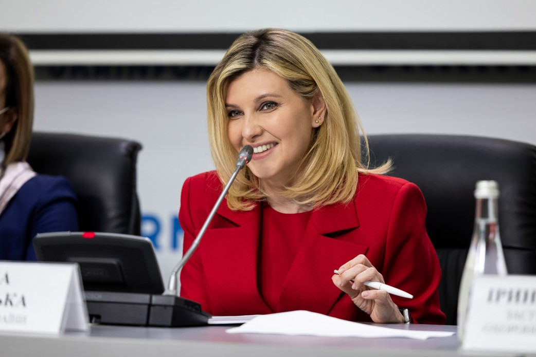 Олена Зеленська взяла участь у презентації цифрового сервісу для нечуючих та слабочуючих людей, що буде доступним на урядових сайтах
