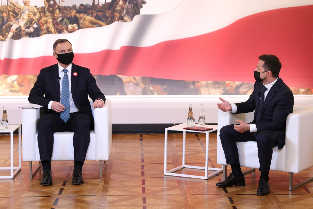 Глава держави у дискусії за участю президентів Естонії, Латвії, Литви та Польщі: Україна – потужна держава, яка тільки зміцнить Євроcоюз
