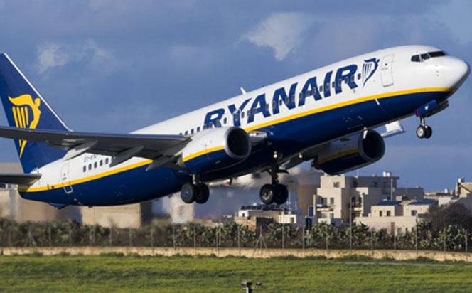 Літаком з Польщі в Україну за 19 зл у червні. Подаємо рейси і дати