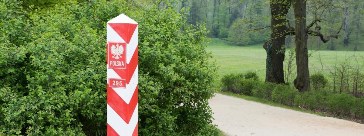 Українцям після повернення з Польщі більше не треба буде йти на карантин і здавати тести