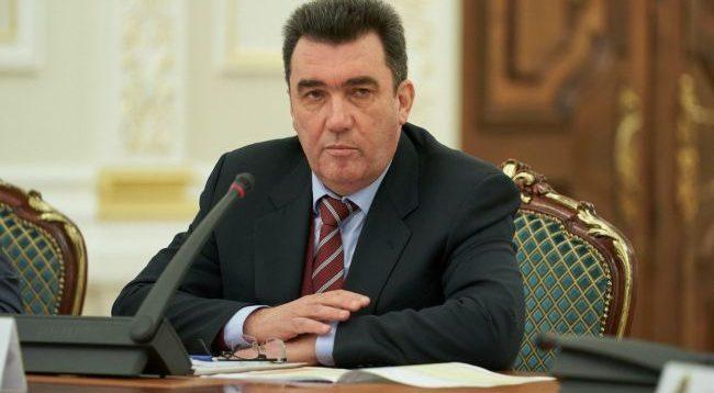 Глава СНБО заявил о возможном закрытии телеканала Интер