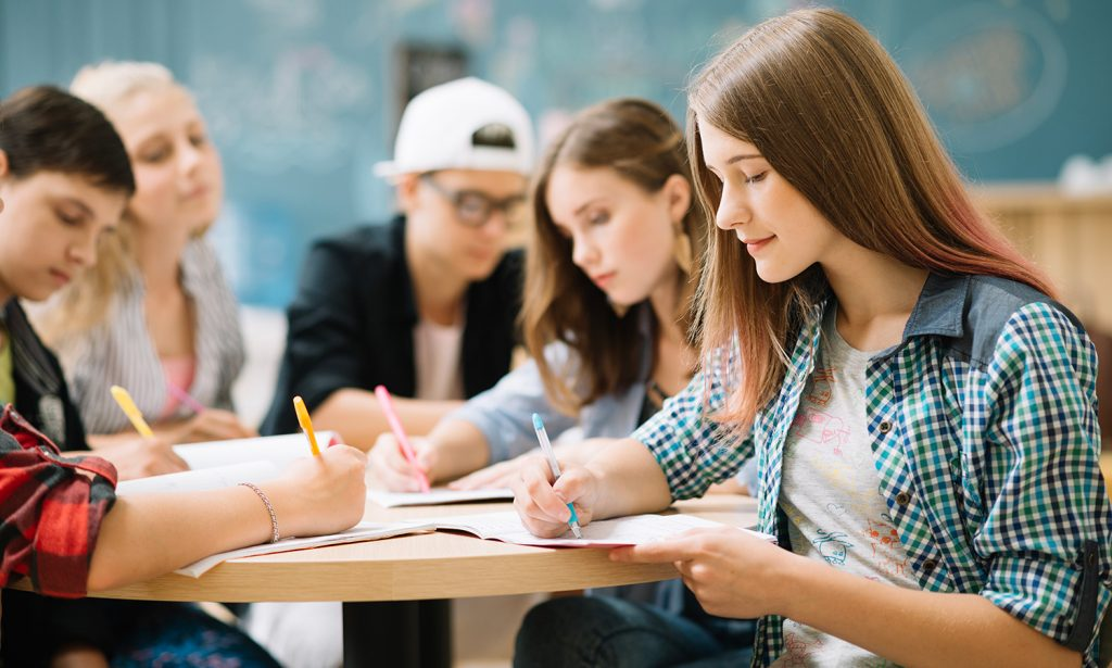 У Польщі 40 студентів з України отримали стипендію по 3 тис зл
