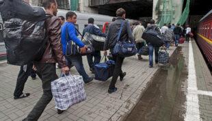 Найдоступнішим для українців ринком праці в Європи залишилась Польща