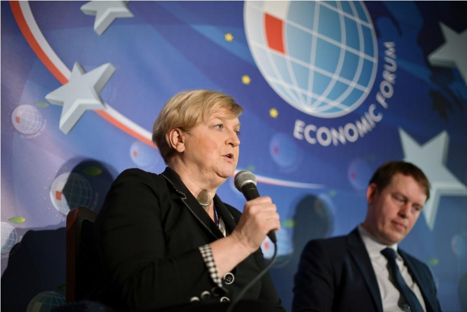 Анна Фотиґа: ЄС та НАТО реагують відповідно на заплановані начання «Запад 2021»